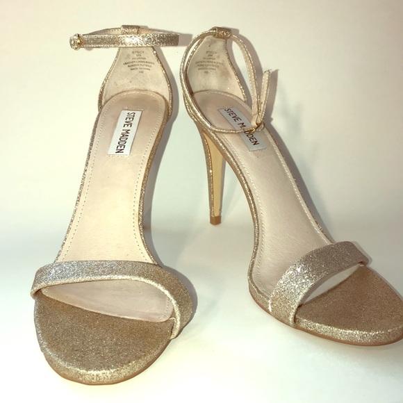 0bec46dc8ca Steve Madden Stecy Gold Glitter Ankle Strap Sandal.  M 5b0fa2af72ea8848dec07a99